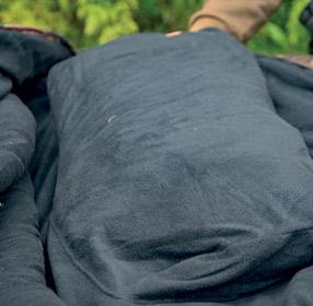 SKILLS-ALL-SEASONS-SLEEPING-BAG-CAMO-FOLD